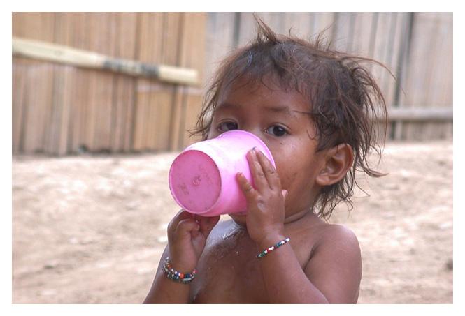 "фото ""Thirst quencher"" метки: портрет, путешествия, Азия, дети"