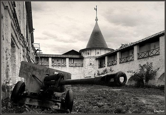 """фото """"Эхо войны"""" метки: жанр, путешествия,"""