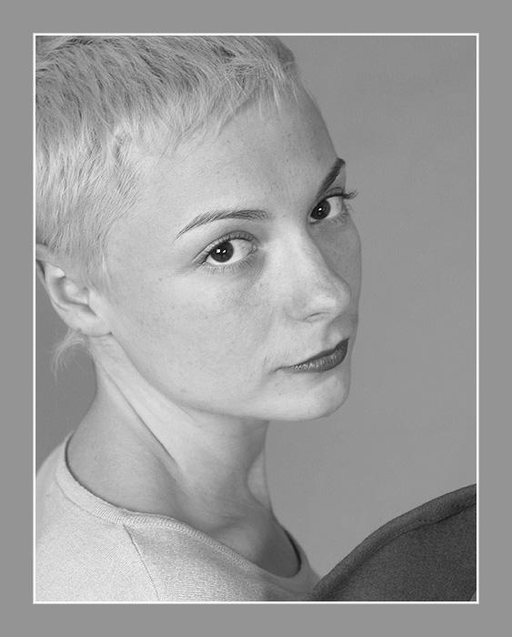 """фото """"Девушка и шляпа"""" метки: портрет, черно-белые, женщина"""