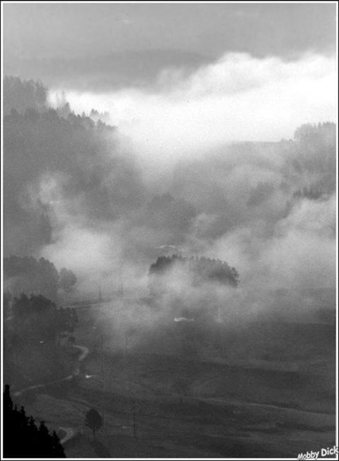 """фото """"путь нигде"""" метки: пейзаж, черно-белые, облака"""