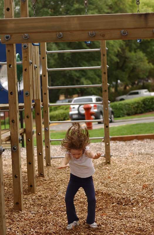 """photo """"Jump !"""" tags: portrait, misc., children"""