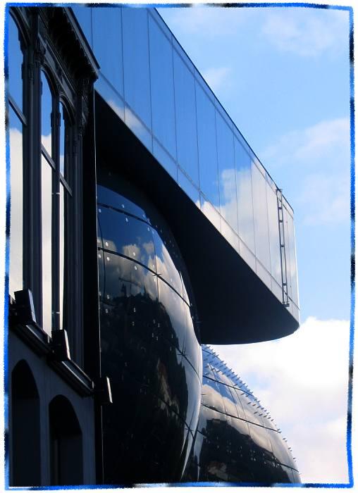 """фото """"Kunsthaus Graz"""" метки: абстракция,"""