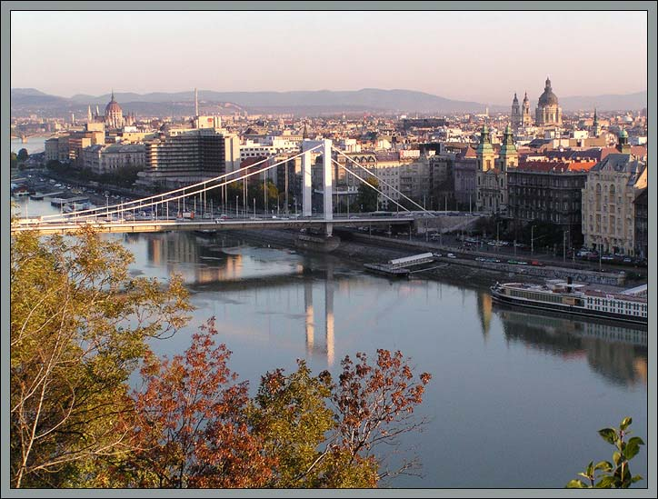 "фото ""Утро в городе."" метки: путешествия, архитектура, пейзаж, Европа"