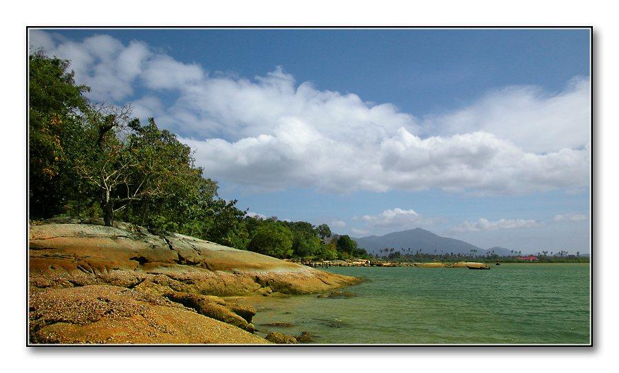 "фото ""Island of pleasure"" метки: пейзаж, вода, облака"