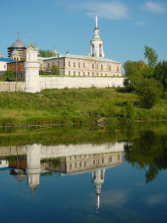 "фото ""Верхотурский монастырь"" метки: архитектура, пейзаж,"