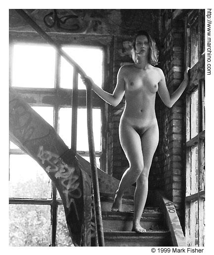 Industrial nude — img 8