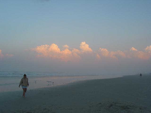 "photo ""Beach Walk"" tags: portrait, travel, woman"