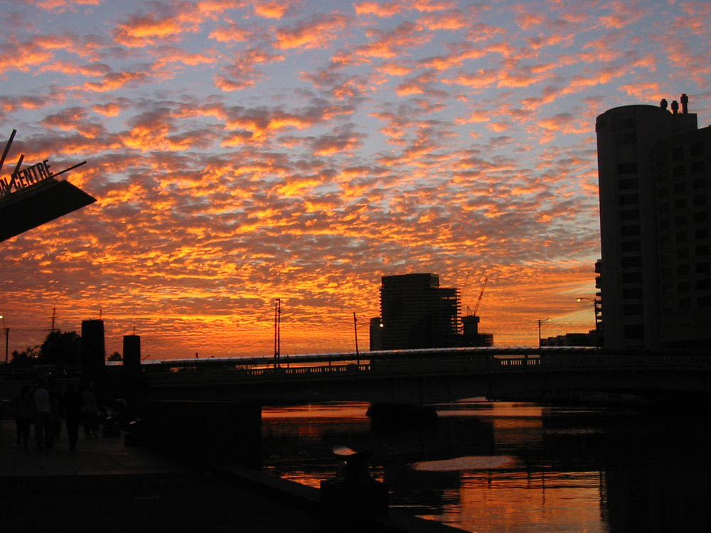 "photo ""Summer 2004 in Melbourne.."" tags: travel, landscape, Australia, sunset"