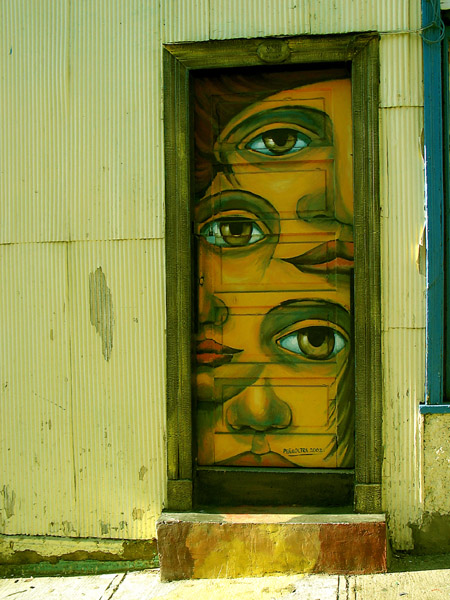 "photo ""Valparaiso Door"" tags: architecture, travel, landscape, South America"