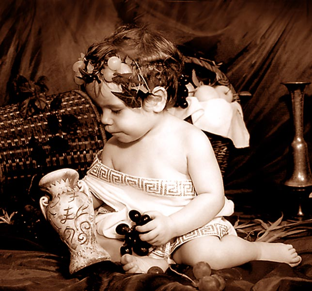 "photo ""Bachus-baby"" tags: old-time, portrait, children"