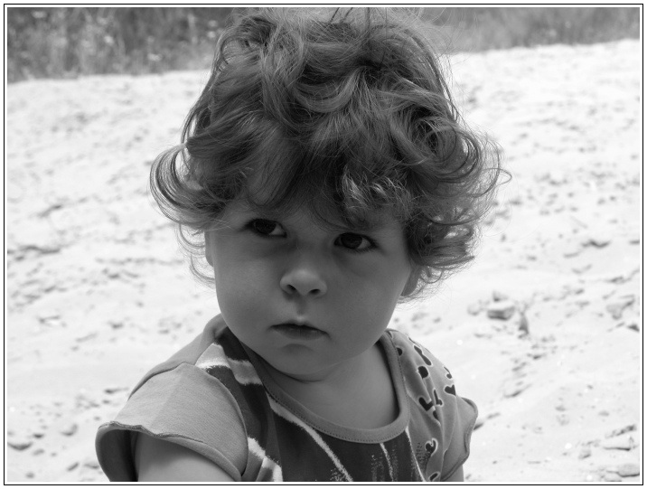"photo ""Little Henn"" tags: portrait, black&white, children"