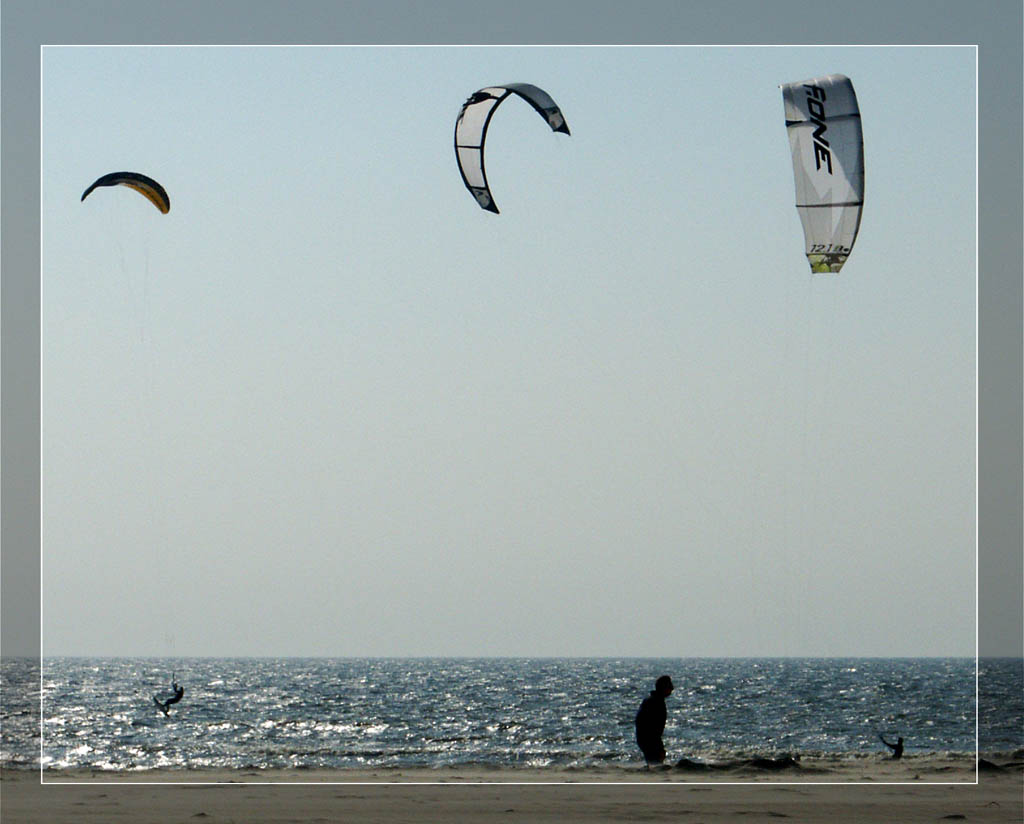 "photo ""Strange birds"" tags: sport, landscape, water"