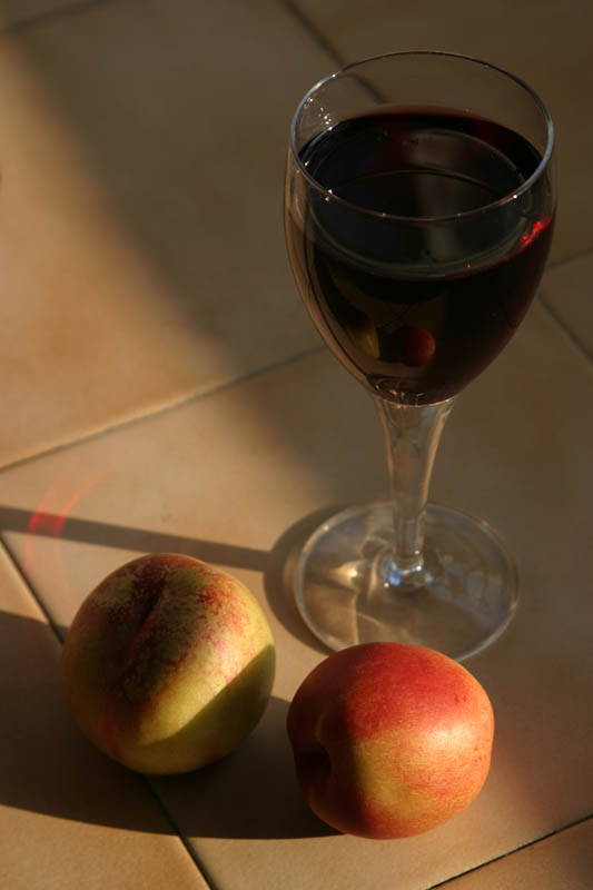 "photo ""Wine, froots and Sun light"" tags: still life,"