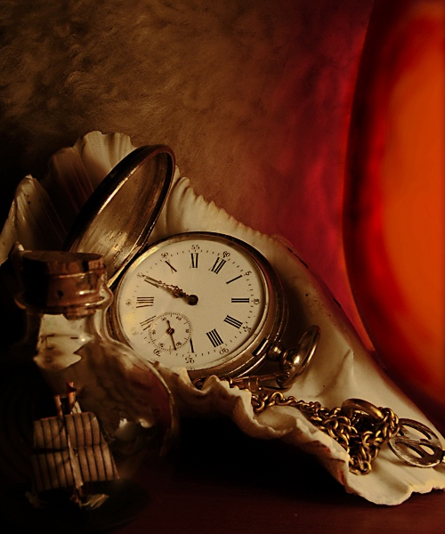 "photo ""..."" tags: still life, old-time,"