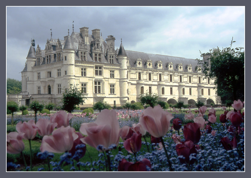 "photo ""Royal palace in the south of France"" tags: travel, architecture, landscape, Europe"