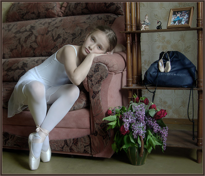 "photo ""To be a ballet-dancer. The tiredness."" tags: portrait, genre, children"