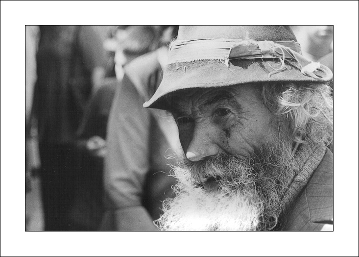 "photo ""Old man"" tags: portrait, black&white, man"