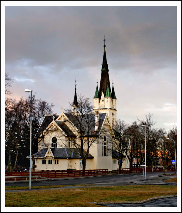 "photo ""Protestant church"" tags: architecture, landscape,"