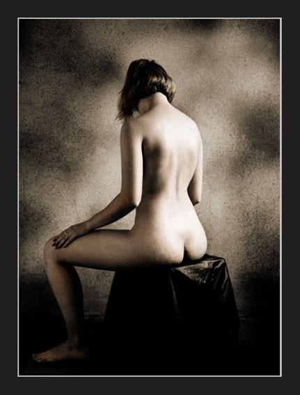 "photo ""x6"" tags: nude,"
