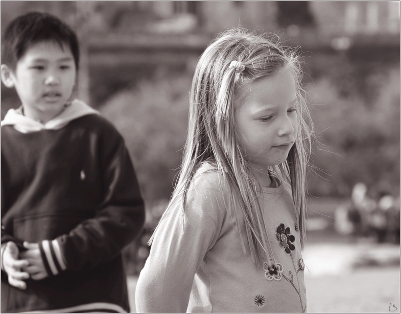 "photo ""Please don`t go away. - OK, I`ll think over..."" tags: portrait, genre, children"