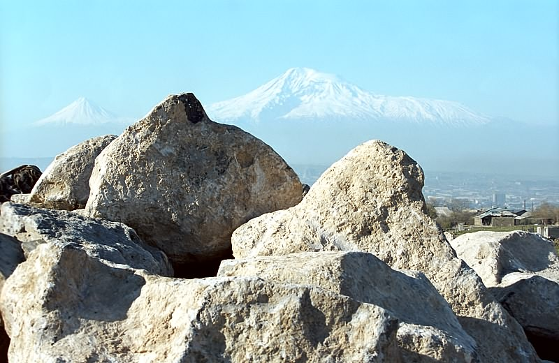 "photo ""ARMENIA - the country of stones and mountains..."" tags: landscape, genre, mountains"