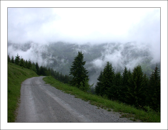 "photo ""Transilvania"" tags: landscape, clouds, mountains"