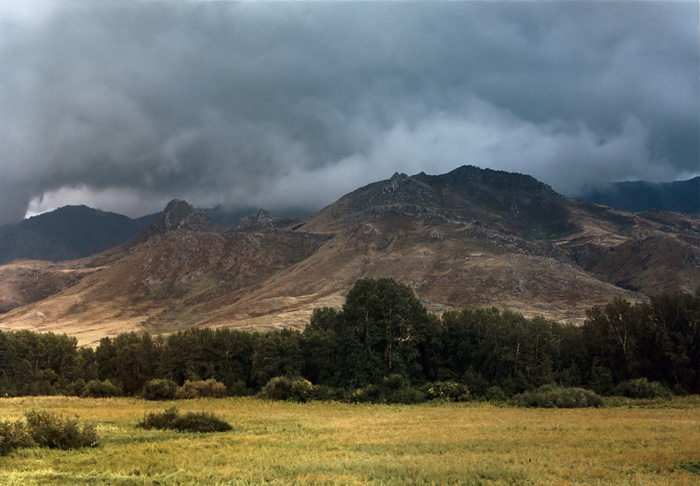 "photo ""August..."" tags: landscape, mountains"