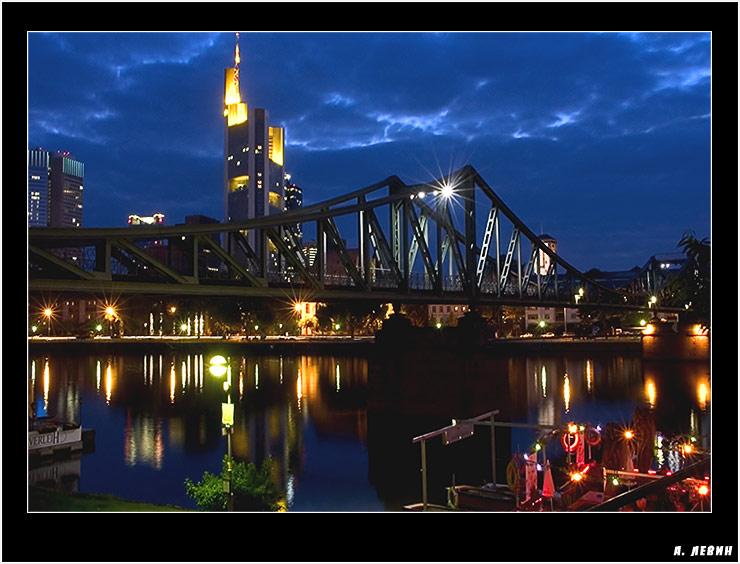 "photo ""Frankfurt 2"" tags: architecture, landscape, night"