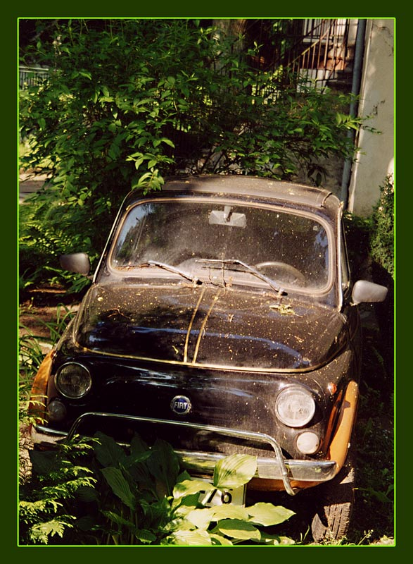 "photo ""From the life of old little car"" tags: genre, reporting,"