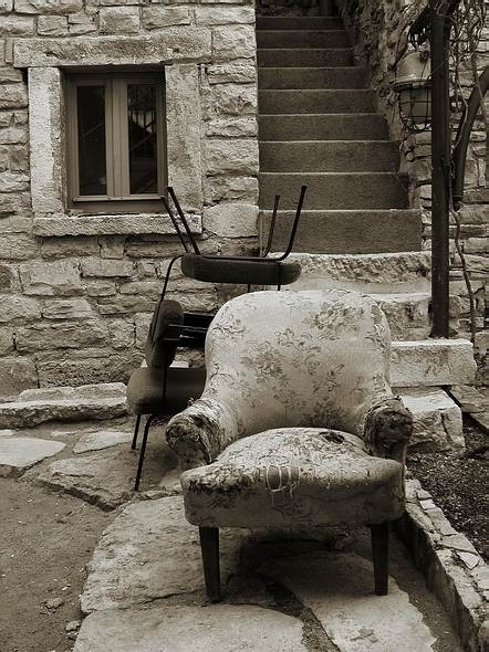 "photo ""The Armchair"" tags: black&white, genre,"