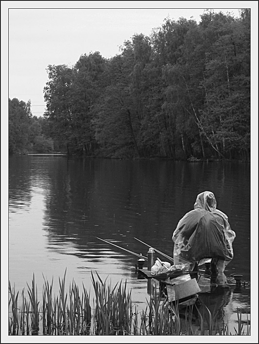 "photo ""safe fishing"" tags: black&white, genre,"