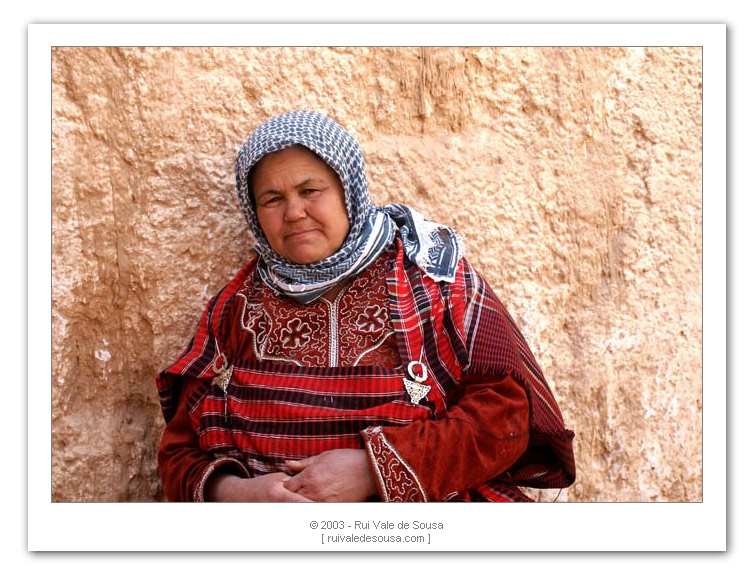 "photo ""people of the sahara I"" tags: misc.,"