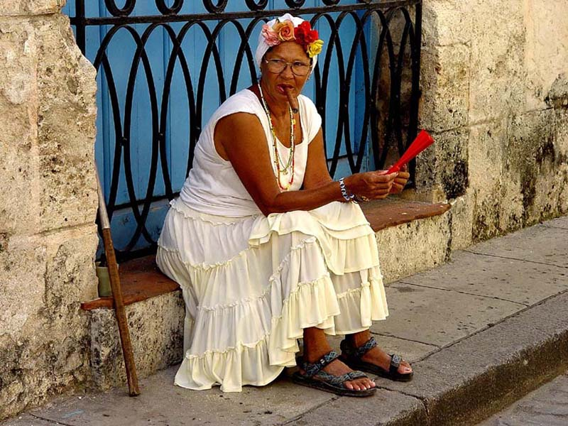 "photo ""Old Havana Scene"" tags: travel, genre, North America"