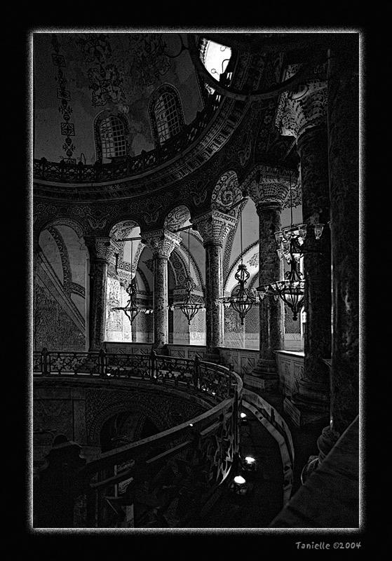 "photo ""Aya Sofia"" tags: black&white,"