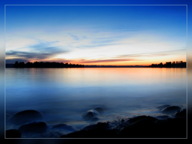 "photo ""Untitled photo"" tags: landscape, sunset, water"