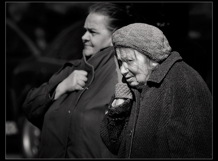 "photo ""About Grandmothers of Kiev"" tags: genre, black&white,"