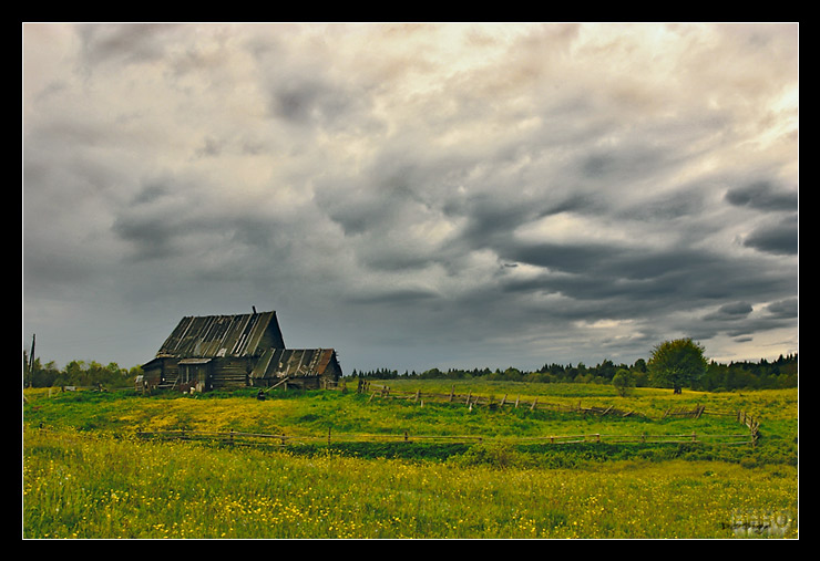 "photo ""...on the all-embracing Russian Grief"" tags: landscape, clouds, summer"