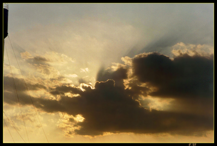 "photo ""Harsh"" tags: landscape, clouds, sunset"