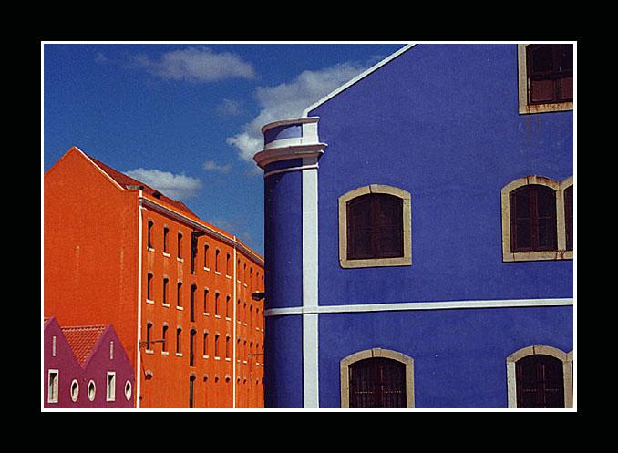 """photo """"colors"""" tags: architecture, landscape,"""