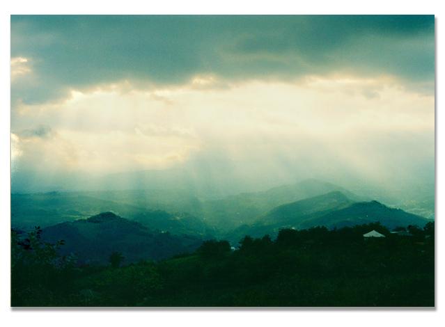 "photo ""**"" tags: landscape, clouds, mountains"