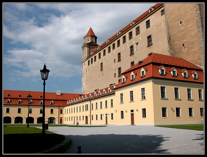 "photo ""Bratislava, former fortress, and later residence o"" tags: travel, architecture, landscape, Europe"