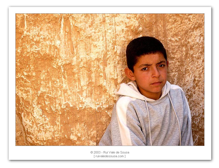 "photo ""people of the sahara III"" tags: misc.,"
