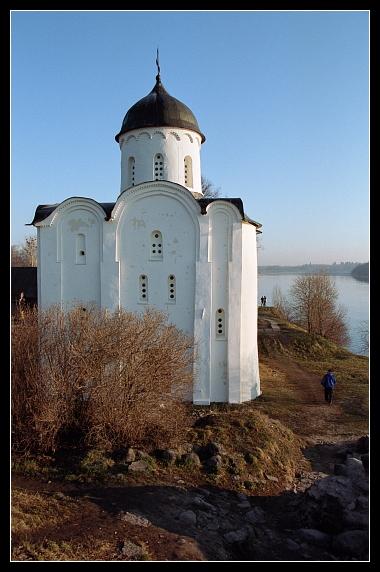 "photo ""Hram Georgia (XII century) / Staraya Ladoga"" tags: travel, landscape, Europe"