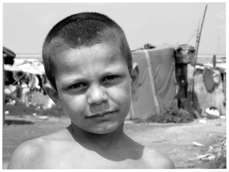 "photo ""Omer"" tags: portrait, black&white, children"