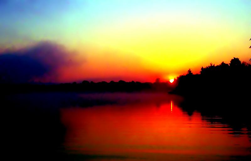 "photo ""Sunrise"" tags: landscape, sunset, water"