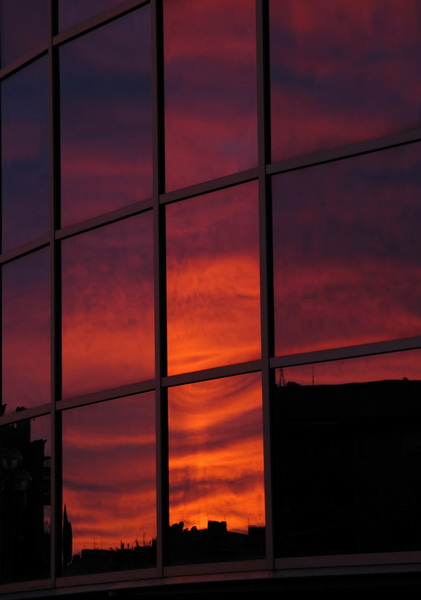 "photo ""Reflection"" tags: landscape, architecture, sunset"