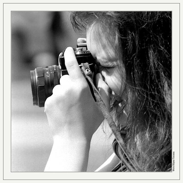 """photo """"A Shot"""" tags: black&white, genre,"""