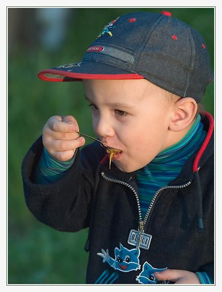 """photo """"Untitled photo"""" tags: portrait, montage, children"""