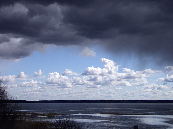 "photo ""Before thunder-storm"" tags: landscape, clouds, water"