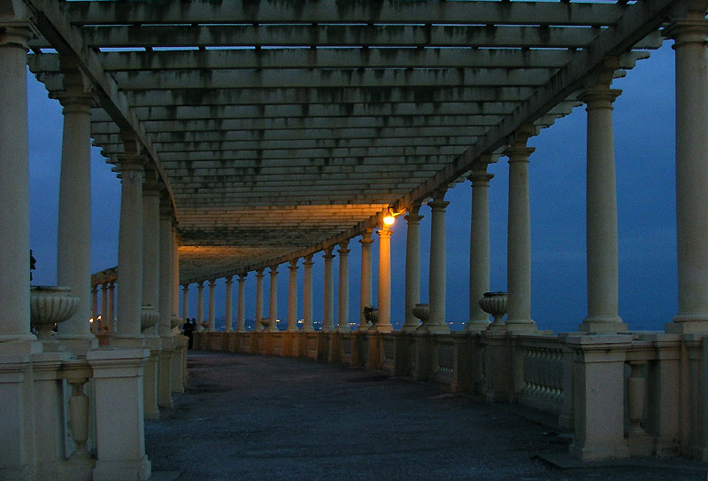 "photo ""when the night falls"" tags: architecture, landscape,"
